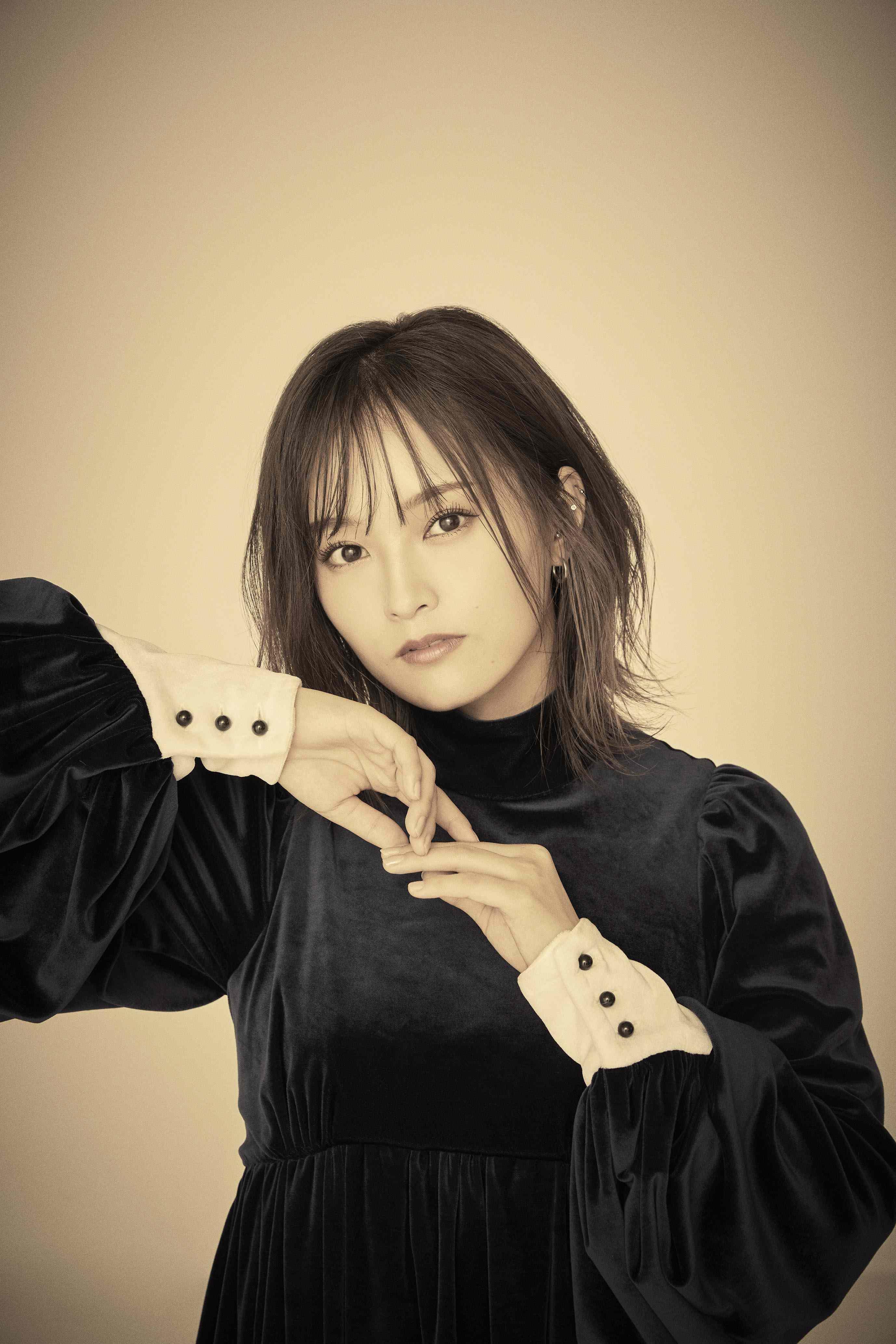 山本彩、新曲「あいまって。」の配信リリースが10月27日(水)に決定。新アーティスト写真公開
