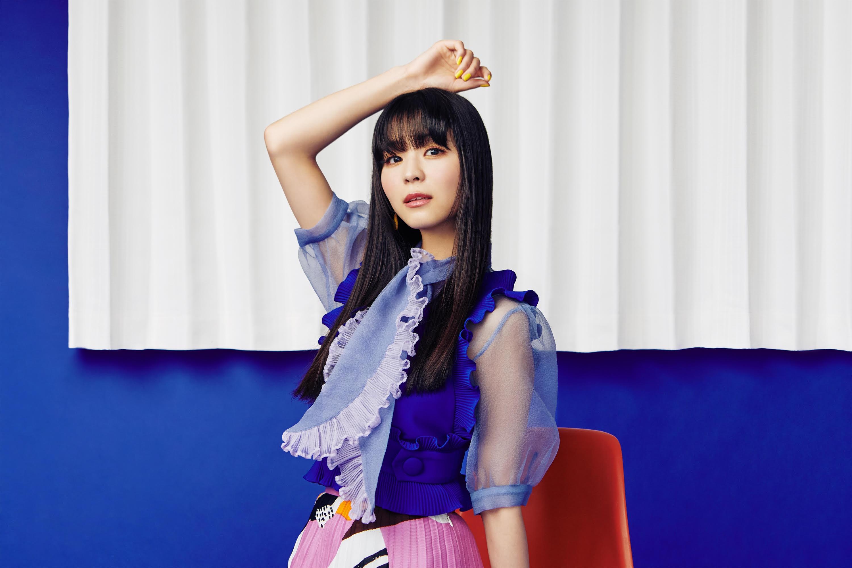 寺嶋由芙、3rdアルバムから、「仮縫いのドレス」先行配信。ジャケ写は、こざき亜衣。AL発売を記念した、noteも開設。